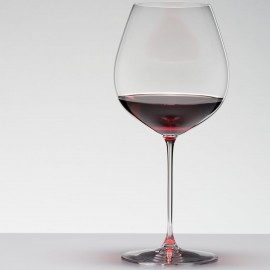 Vertias Old World Pinot Noir